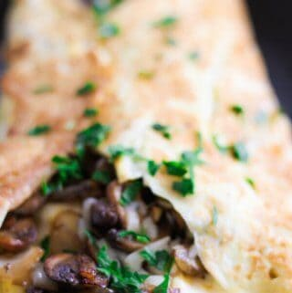 Omelet with mushrooms, onions and mozzarella-3