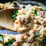 Scrambled eggs with prosciutto and mozzarella