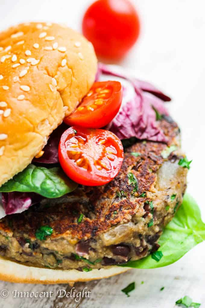 Best veggie burger recipe with black beans, tomatoes and spinach