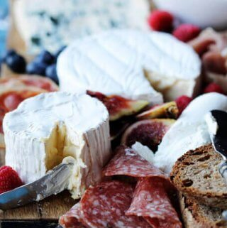 Building a Perfect French Cheese Board can be easier then one might thing. This guideline for cheese and wine pairings will help to make Holiday's appetizer round super easy yet decadent and very elegant.