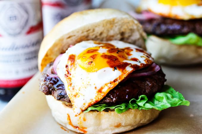 Smoky BBQ burger with fried egg and smoked paprika