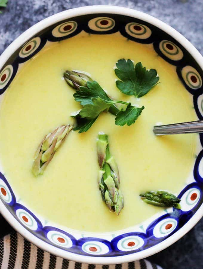 Spring Green Asparagus Soup in a bowl